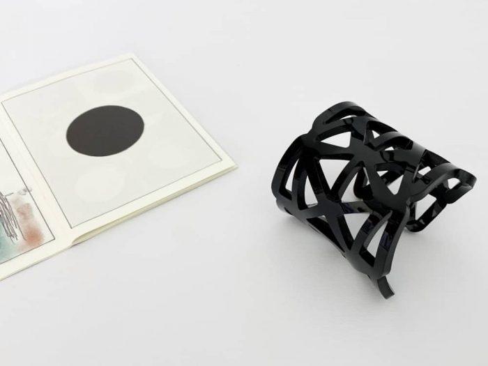 avant-garde triangle bracelet by plexi shock