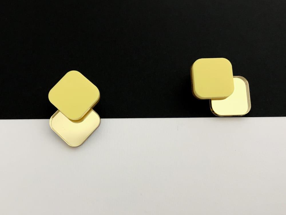 Minimal Gold Yellow Earrings