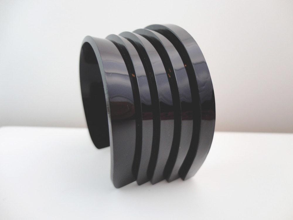 Alter | Black Layers Bracelet 2