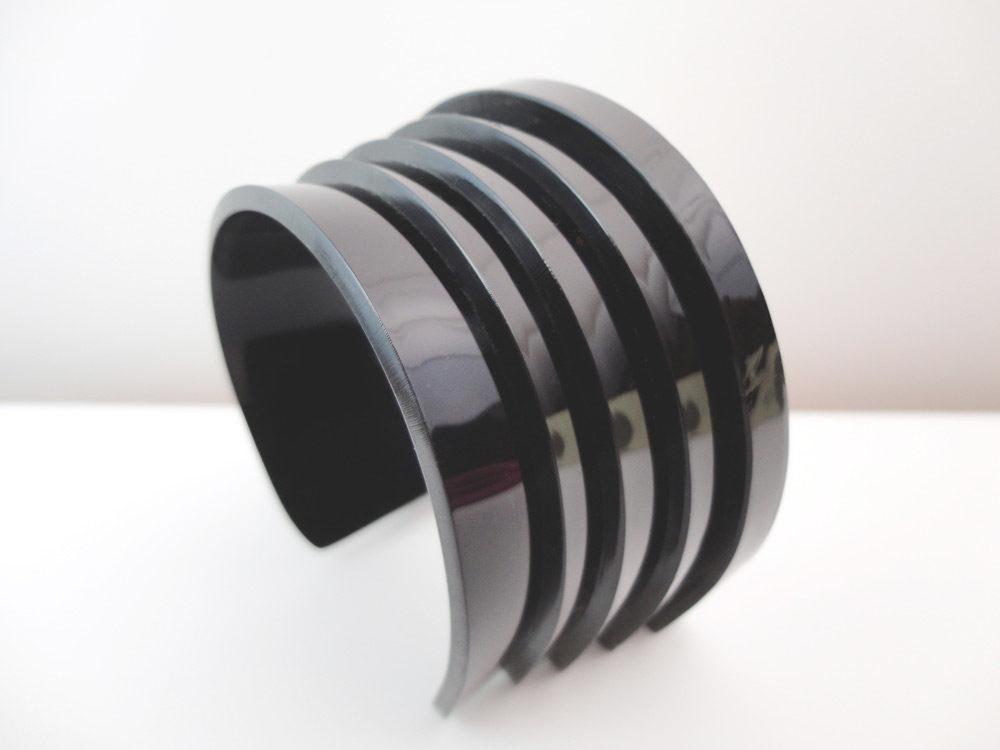 Alter | Black Layers Bracelet 1