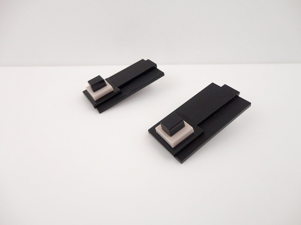 Fontana   Minimalistic Japanese Earrings 2