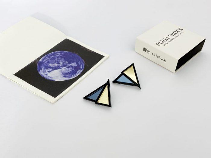 dark triangle earrings by plexi shock